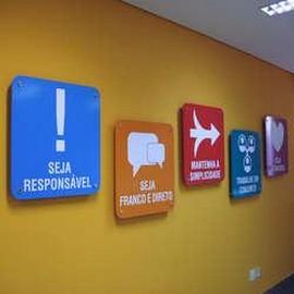 Comprar placa de sinalização interna personalizada