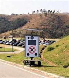 Placa velocímetro com carrinho para concessionárias