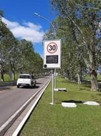 Radar de velocidade para condomínios
